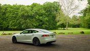 特斯拉Model S在近期续航里程将升级至近390英里