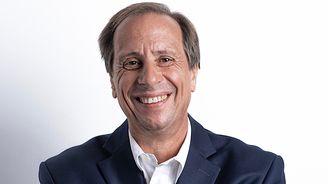 HTC任命Yves Maitre 為新任執行長王雪紅將續任董事長