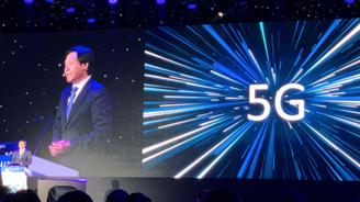 雷军:小米明年2千元以上中高端机型均将支持5G