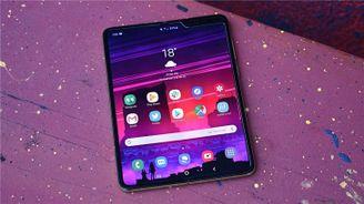 三星將為Galaxy Fold開發Android 10版本:明年4月更新