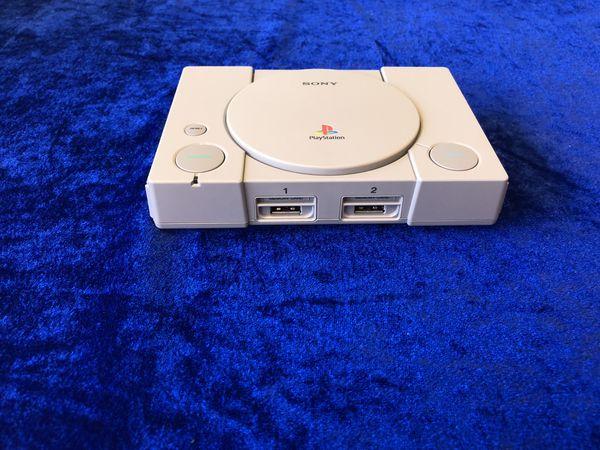 """PlayStation Classic""家用游戏机开箱 情怀满满下的从简行事"