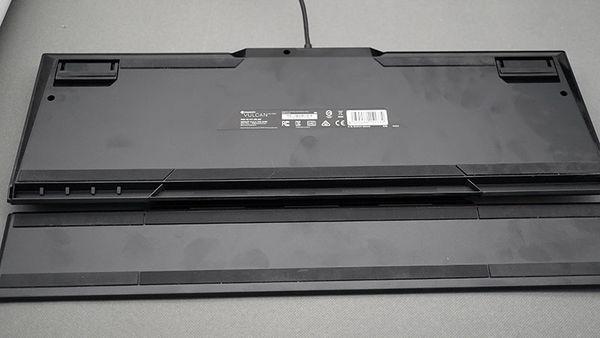 美學與工藝合一的載體 冰豹ROCCAT Vulcan 120機械鍵盤評測