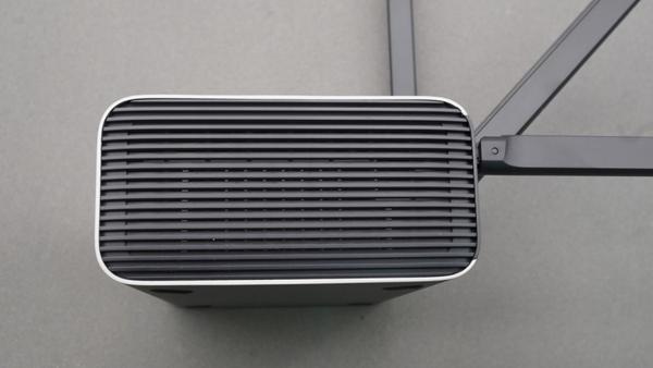 四天线全金属千兆路由器 小米路由器Pro评测