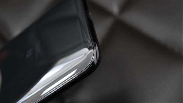顏值與性能的完美結合 重新定義旗艦手機新秩序 小米9上手評測