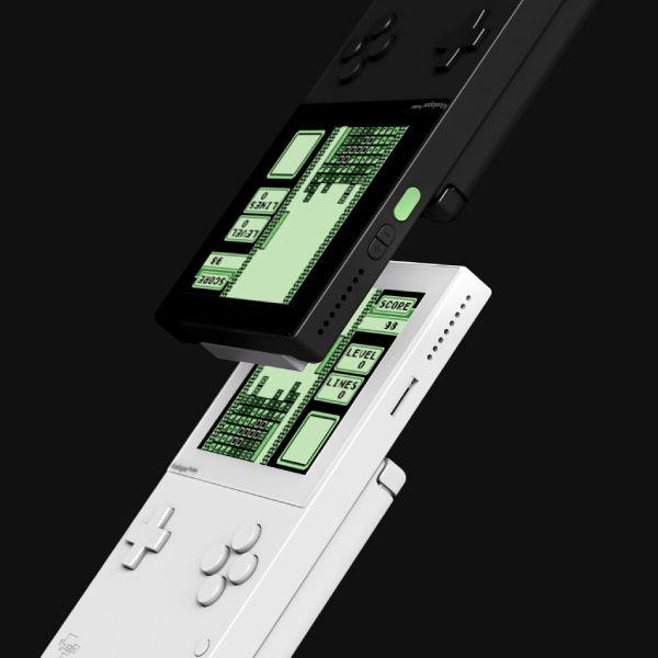 兼容GB卡帶的高顏值掌機,向經典致敬的新方式