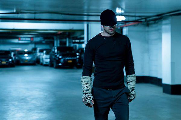 """罗伯特.帕丁森扮演的""""蝙蝠侠""""试装视频公布"""