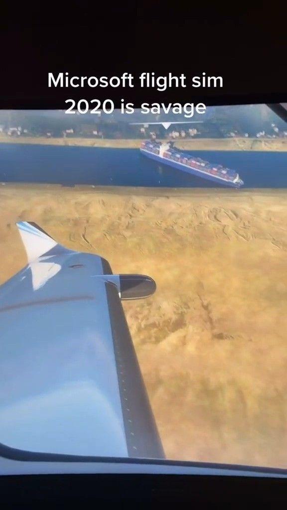 玩家自制《微软飞行模拟》苏伊士运河搁浅货轮MOD