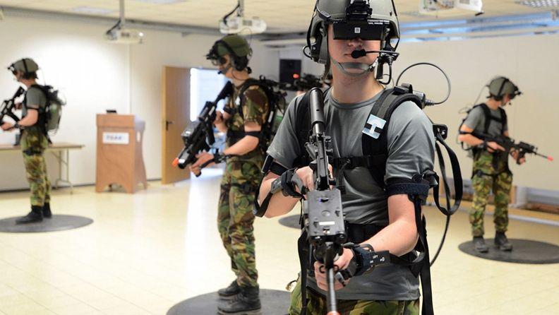 微软HoloLens获美军4.8亿美元订单 打造未来士兵