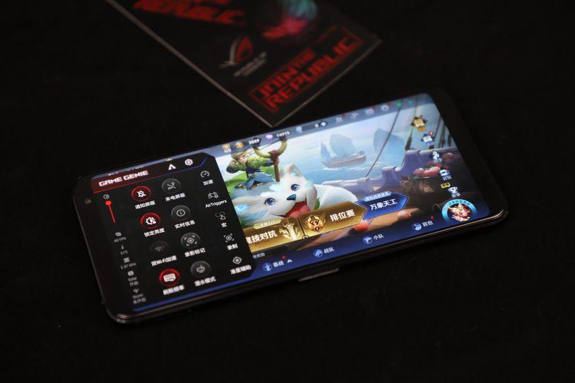 270hz顶级触控采样率 ROG游戏手机3电竞旗舰开箱